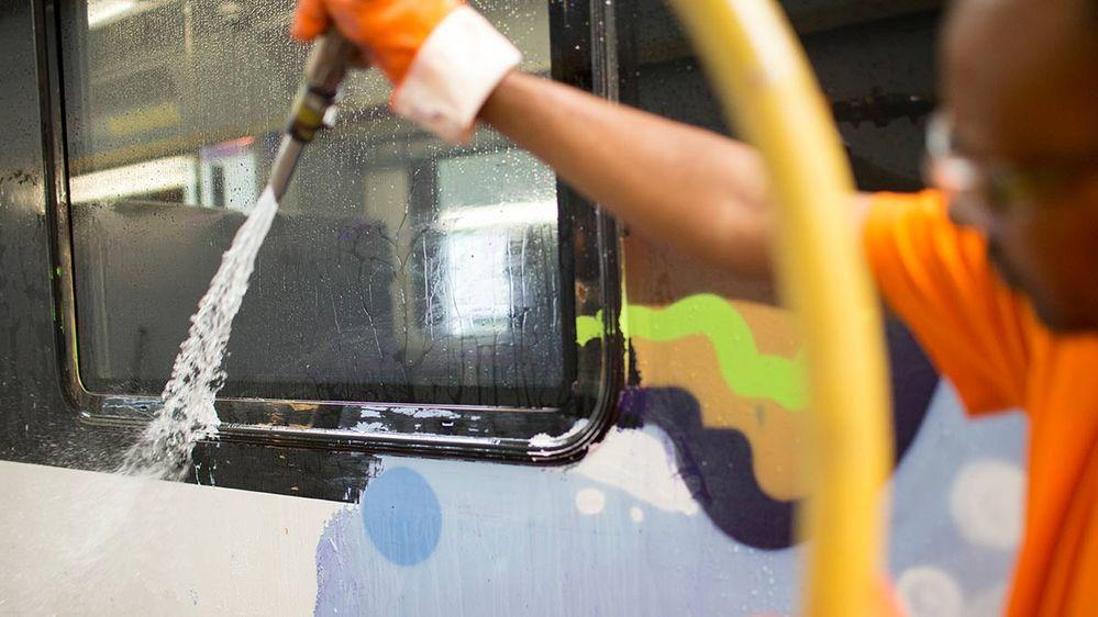 160829_Graffiti_4_1200x675.jpg